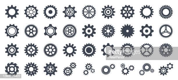 gear icon set - vektor-kollektion von zahnrädern - ausrüstung und geräte stock-grafiken, -clipart, -cartoons und -symbole