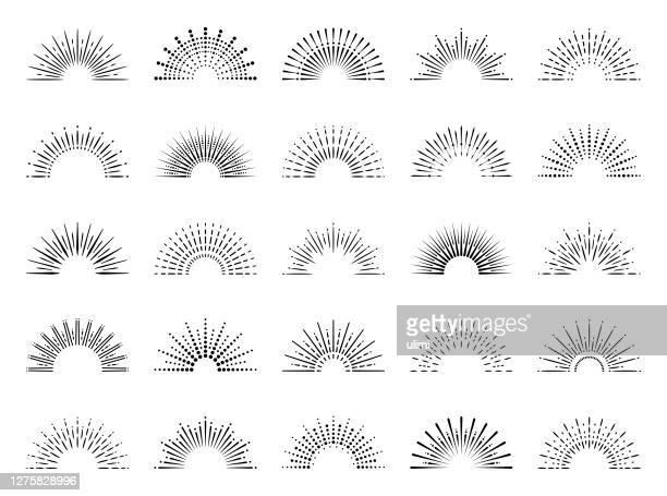 geometrische sunburst set - funken stock-grafiken, -clipart, -cartoons und -symbole