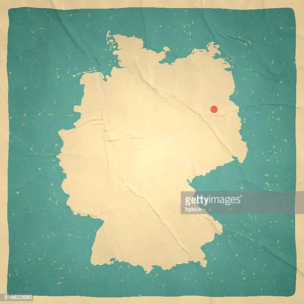 Allemagne la carte sur vieux papier texture Vintage.