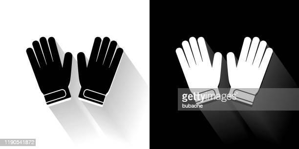 ilustraciones, imágenes clip art, dibujos animados e iconos de stock de guantes de portero icono blanco y negro con sombra larga - guantes de portero