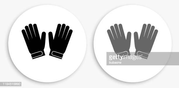ilustraciones, imágenes clip art, dibujos animados e iconos de stock de guantes de portero en blanco y negro icono redondo - guantes de portero