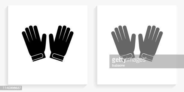 ilustraciones, imágenes clip art, dibujos animados e iconos de stock de guantes de portero blanco y negro icono de la plaza - guantes de portero