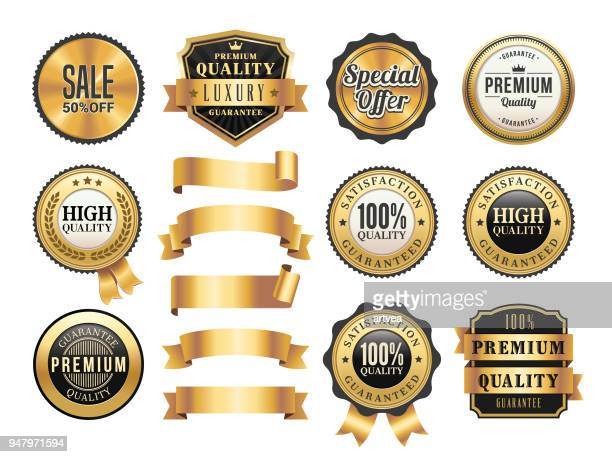 stockillustraties, clipart, cartoons en iconen met gouden badges en linten set - bord bericht