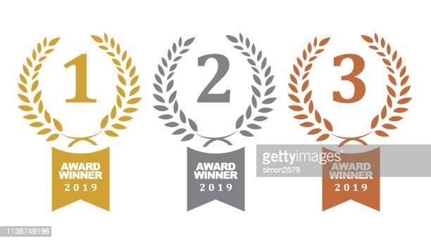 bildbanksillustrationer, clip art samt tecknat material och ikoner med medaljer av guld, silver och brons vinnare - tredje plats