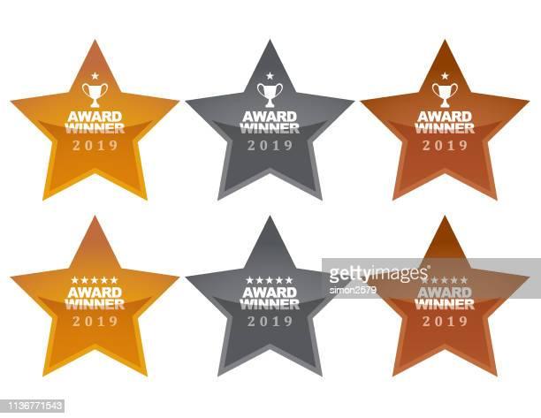stockillustraties, clipart, cartoons en iconen met gouden, zilveren en bronzen winner award medailles - bronzen medaillewinnaar