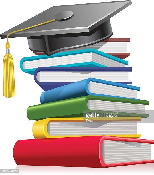 Graduation cap auf Bücher
