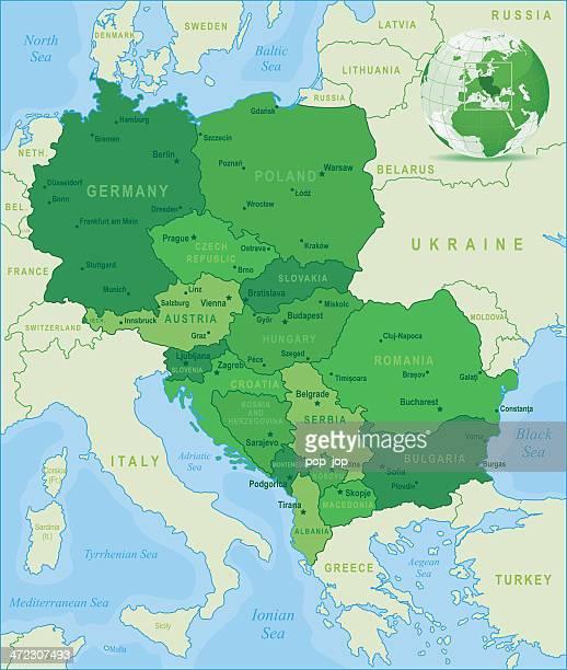 grüne karte von europa-staaten und städte - montenegro stock-grafiken, -clipart, -cartoons und -symbole