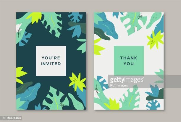 ilustrações de stock, clip art, desenhos animados e ícones de greeting card designs with tropical leaves botanical background - folha de bananeira