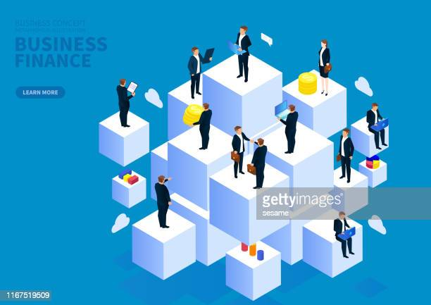 stockillustraties, clipart, cartoons en iconen met groep van zakenlieden die boven de kubus staan - kubus