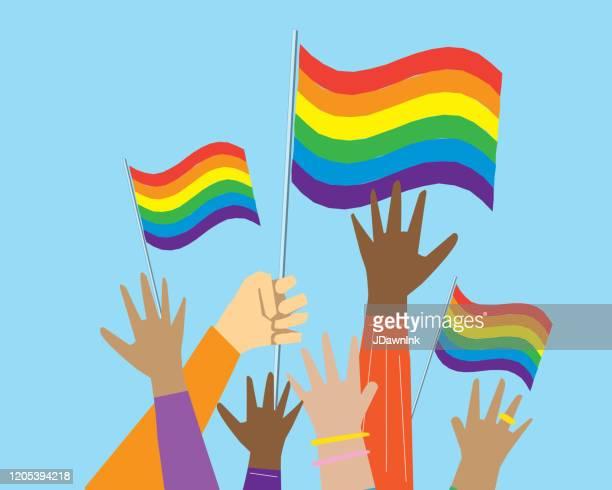 多文化ゲイプライドの抗議者や活動家のグループは、空気中の手 - lgbtqiプライドイベント点のイラスト素材/クリップアート素材/マンガ素材/アイコン素材