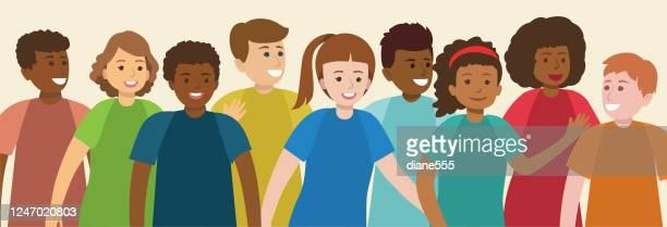 illustrations, cliparts, dessins animés et icônes de groupe d'adolescents multiethniques - jeunes garçons