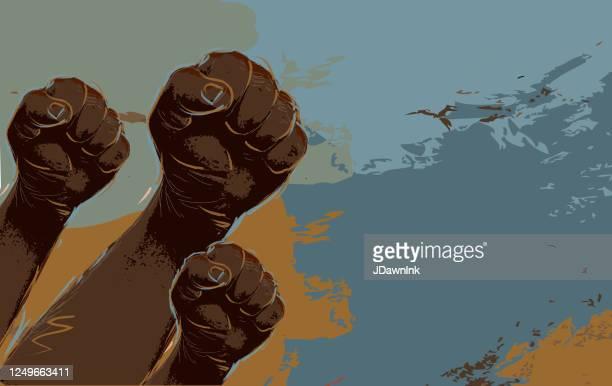 ilustraciones, imágenes clip art, dibujos animados e iconos de stock de grupo de manifestantes o activistas manos en el aire - africano americano