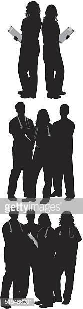 ilustraciones, imágenes clip art, dibujos animados e iconos de stock de grupos de médico y pacientes - enfermera