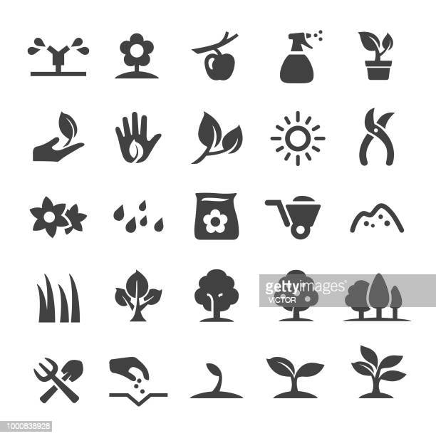 growing icons - smart series - watering can stock illustrations