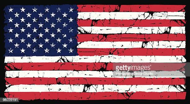 illustrazioni stock, clip art, cartoni animati e icone di tendenza di grunge bandiera americana - esposto alle intemperie