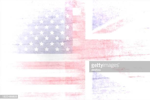 illustrations, cliparts, dessins animés et icônes de un effet grunge illustration vectorielle horizontale des états-unis (américains) et de l'angleterre fanés ou du grand drapeau britannique union jack se fondant ensemble dans des fonds blancs - drapeau anglais