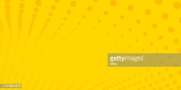 halftone verspottete hintergrund - gelber hintergrund stock-grafiken, -clipart, -cartoons und -symbole