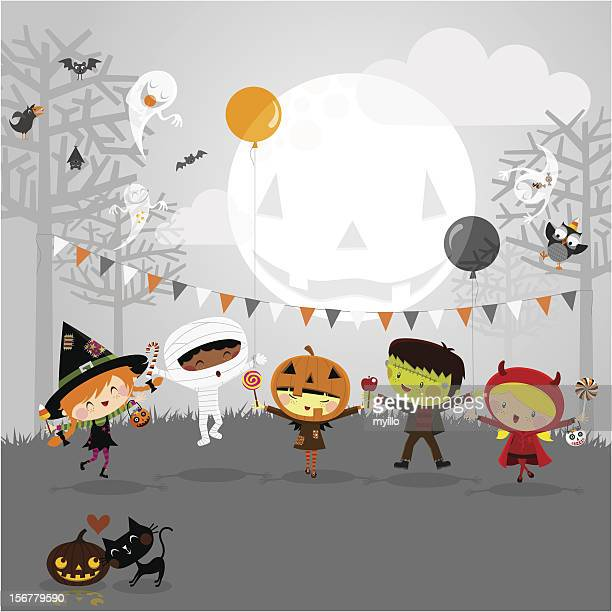 bildbanksillustrationer, clip art samt tecknat material och ikoner med halloween party and kids costumes - pumpa