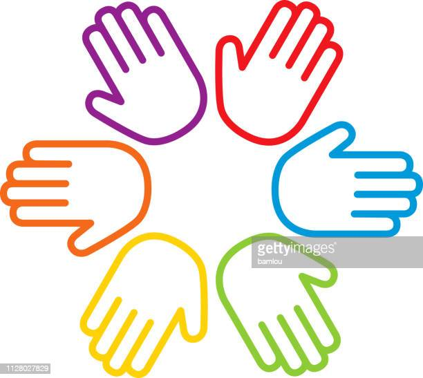 hand-palmen im kreis im zeichen der einheit aus der vielfalt - hände verschränken stock-grafiken, -clipart, -cartoons und -symbole