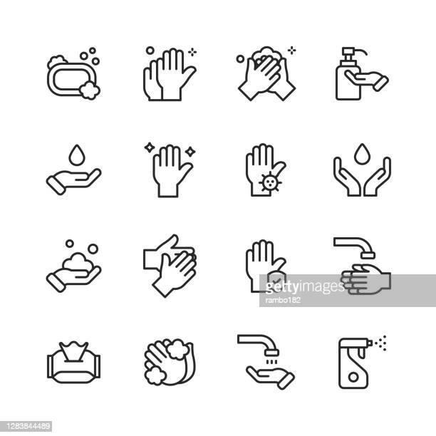 stockillustraties, clipart, cartoons en iconen met de pictogrammen van de lijn van de handwassen. bewerkbare lijn. pixel perfect. voor mobiel en web. bevat iconen als bacterium, badkamer, bubble, covid-19, cleaning sponge, dirty, dryer, kraan, handdroger, menselijke hand, menselijke huid, hygiëne, huid, z - hygiëne