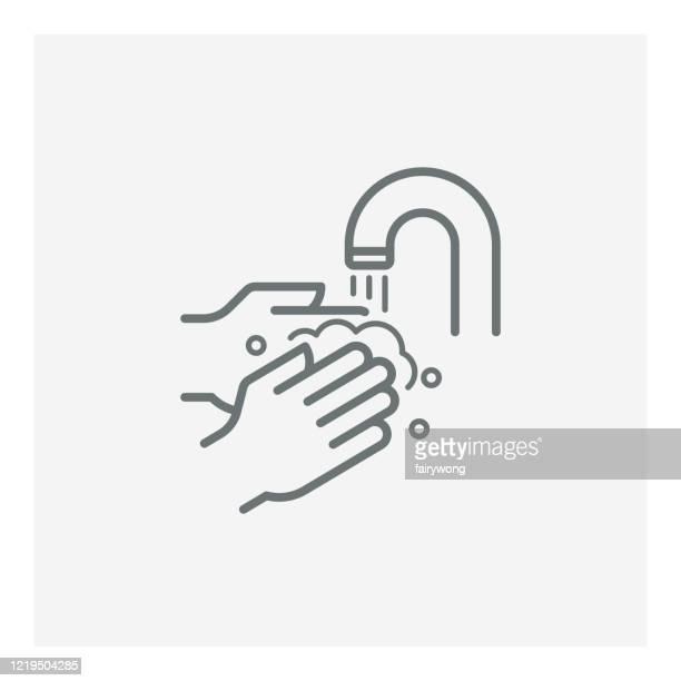 stockillustraties, clipart, cartoons en iconen met pictogram vectorlijn van de handwassen - handen wassen
