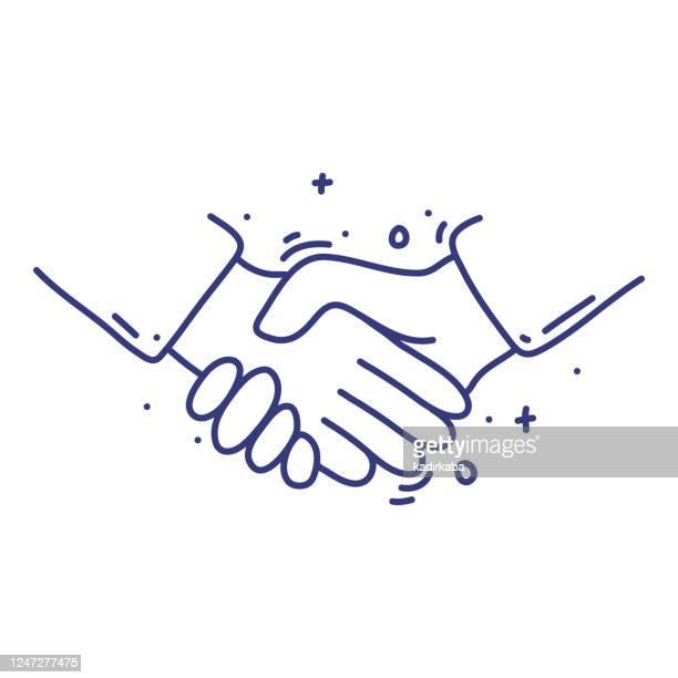 illustrazioni stock, clip art, cartoni animati e icone di tendenza di concetto di illustrazione vettoriale doodle handshake. disegnato a mano, icone di linea. - scuotere