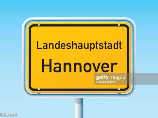 ilustrações, clipart, desenhos animados e ícones de sinal de estrada da cidade alemão hannover - hannover