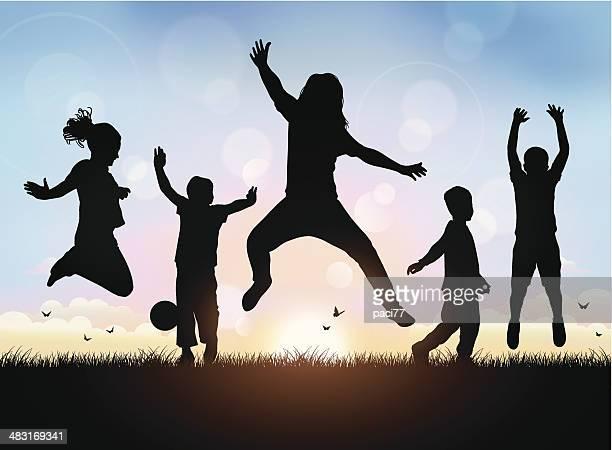 Feliz crianças Saltar
