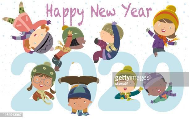 ilustrações, clipart, desenhos animados e ícones de feliz ano novo 2020 crianças engraçadas - 6 7 anos
