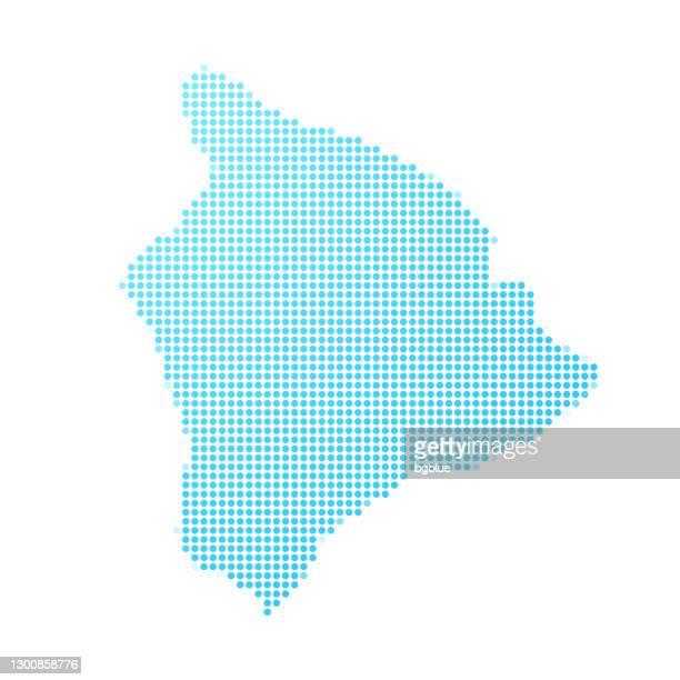 hawaii inselkarte in blauen punkten auf weißem hintergrund - hawaii inselgruppe stock-grafiken, -clipart, -cartoons und -symbole