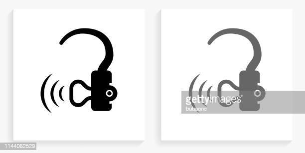 illustrations, cliparts, dessins animés et icônes de icône de l'aide auditive noir et blanc carré - prothèse auditive