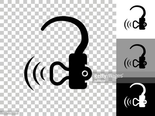 illustrations, cliparts, dessins animés et icônes de icône d'aide auditive sur le fond transparent de checkerboard - prothèse auditive