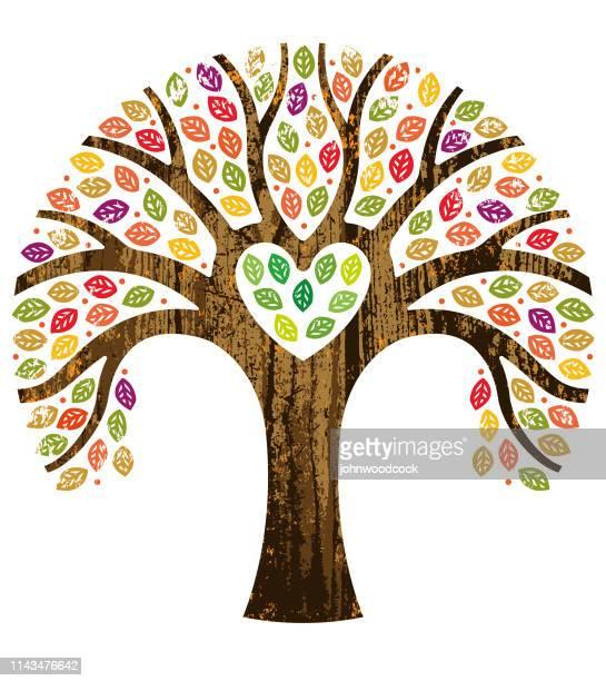 herzförmige herbstbaumillustration - schöne natur stock-grafiken, -clipart, -cartoons und -symbole