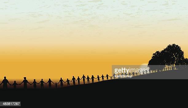illustrations, cliparts, dessins animés et icônes de tenant les mains-united community coucher de soleil en arrière-plan - personnes alignées