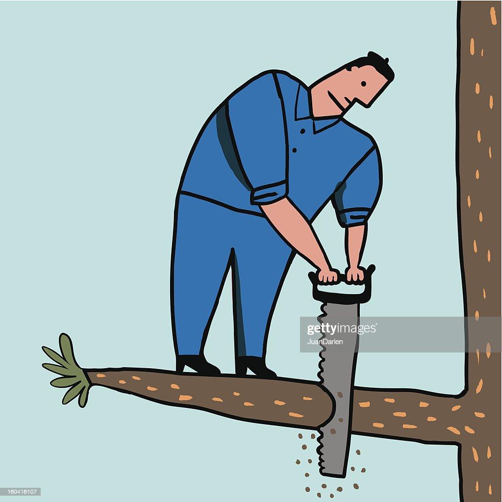 Hombre tonto corta rama