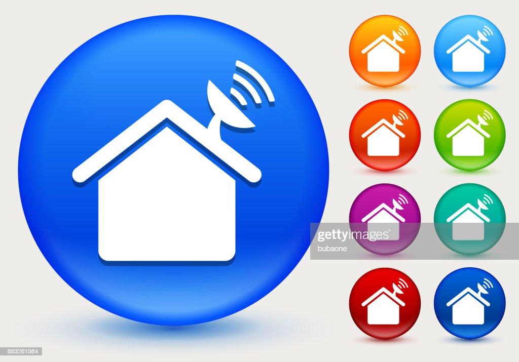Plat maison icône sur cercle de couleur brillante boutons : Clipart vectoriel