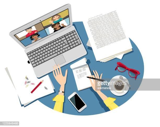 illustrations, cliparts, dessins animés et icônes de bureau à domicile - réunion