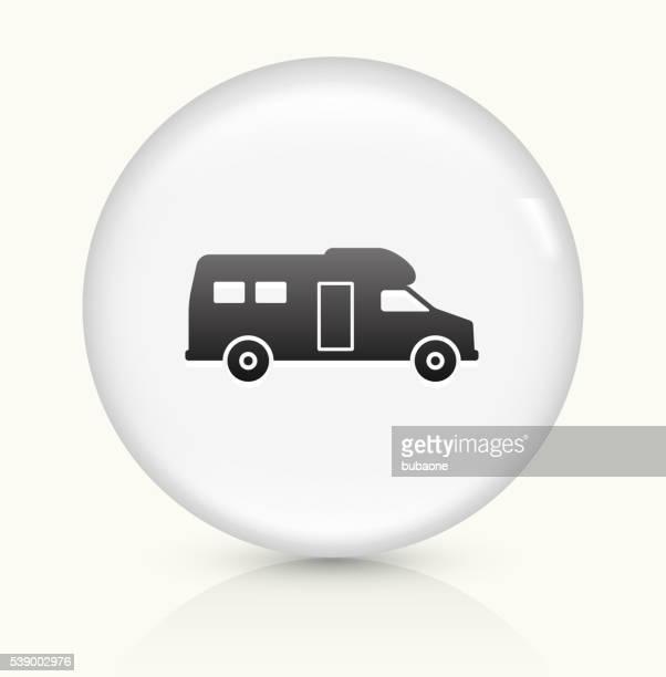 illustrations, cliparts, dessins animés et icônes de camping-cars icône sur un bouton vectoriel rond blanc - camping car