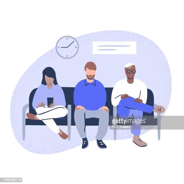 ilustraciones, imágenes clip art, dibujos animados e iconos de stock de ilustración de diversas personas sentadas en sala de espera pública - etnia del subcontinente indio