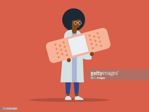 巨大な包帯を持つ女性アフリカの医師のイラスト - 女医点のイラスト素材/クリップアート素材/マンガ素材/アイコン素材
