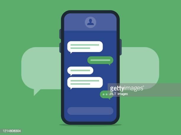 テキストメッセージング画面付きイラストスマートフォン - オンラインメッセージ点のイラスト素材/クリップアート素材/マンガ素材/アイコン素材