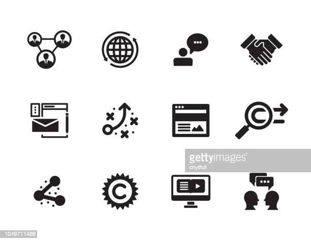 influencer marketing-icon-set - journalismus stock-grafiken, -clipart, -cartoons und -symbole