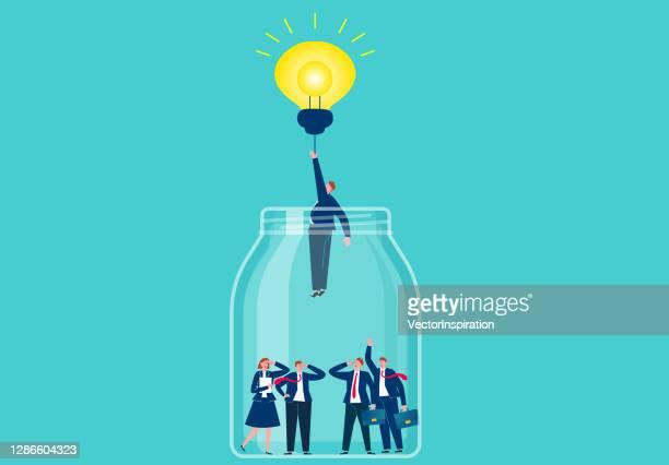 illustrazioni stock, clip art, cartoni animati e icone di tendenza di soluzioni innovative, innovazioni e innovazioni, l'uomo d'affari è uscito dalla bottiglia di vetro con la lampadina luminosa - scoprire nuovi terreni