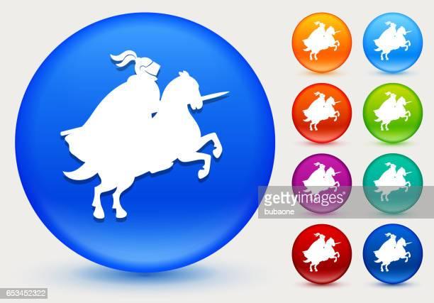 ritterturniere ritter symbol auf glänzenden farbkreis tasten - sportturnier runde stock-grafiken, -clipart, -cartoons und -symbole