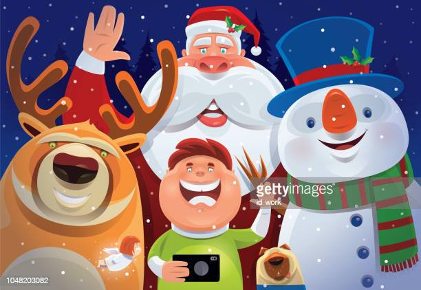 illustrations, cliparts, dessins animés et icônes de enfant et père noël tenant selfie - cupidon humour