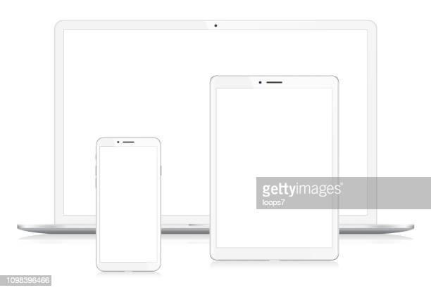 illustrazioni stock, clip art, cartoni animati e icone di tendenza di laptop, smartphone e tablet digitale - mirino digitale