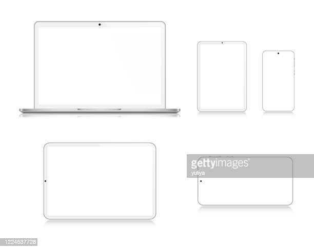 ラップトップ、タブレット、スマートフォン、反射と銀色の携帯電話、現実的なベクトルのイラスト - 液晶画面点のイラスト素材/クリップアート素材/マンガ素材/アイコン素材