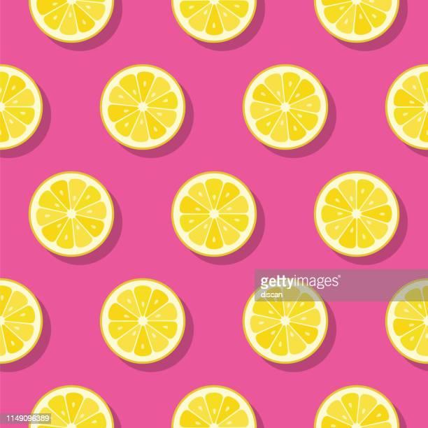 illustrazioni stock, clip art, cartoni animati e icone di tendenza di lemon slices pattern on pink background. - estate