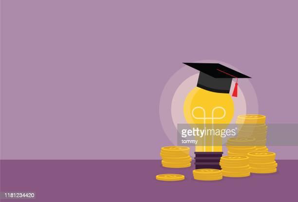 glühbirne mit graduierungskappe und münzstapel - hochschulstudium stock-grafiken, -clipart, -cartoons und -symbole
