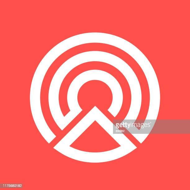 ilustrações de stock, clip art, desenhos animados e ícones de logo shape c - letrac